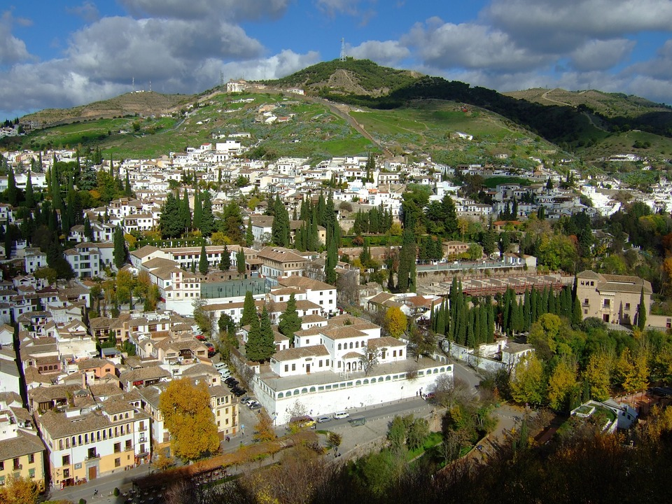 NEW TRENDS IN FOREIGN LANGUAGE TEACHING - GRANADA, SPAIN
